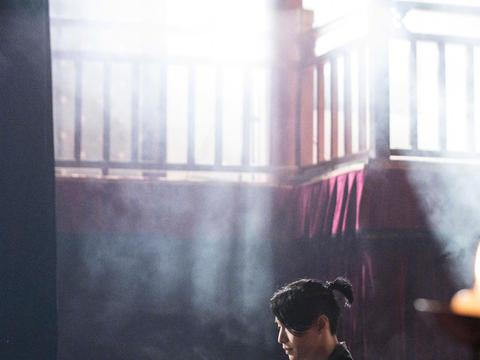 张艺兴第四张个人专辑主打歌《莲》MV微博播放量破亿