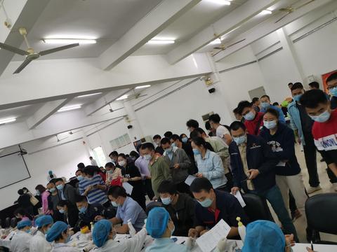 化龙镇的他们积极参与无偿献血