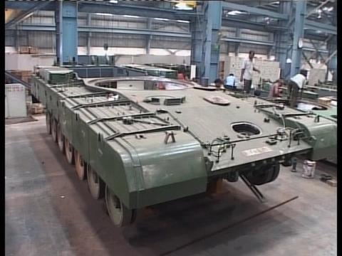 莫迪改革在军队影响强烈,要摆脱军工落后局面,全面支持国产装备