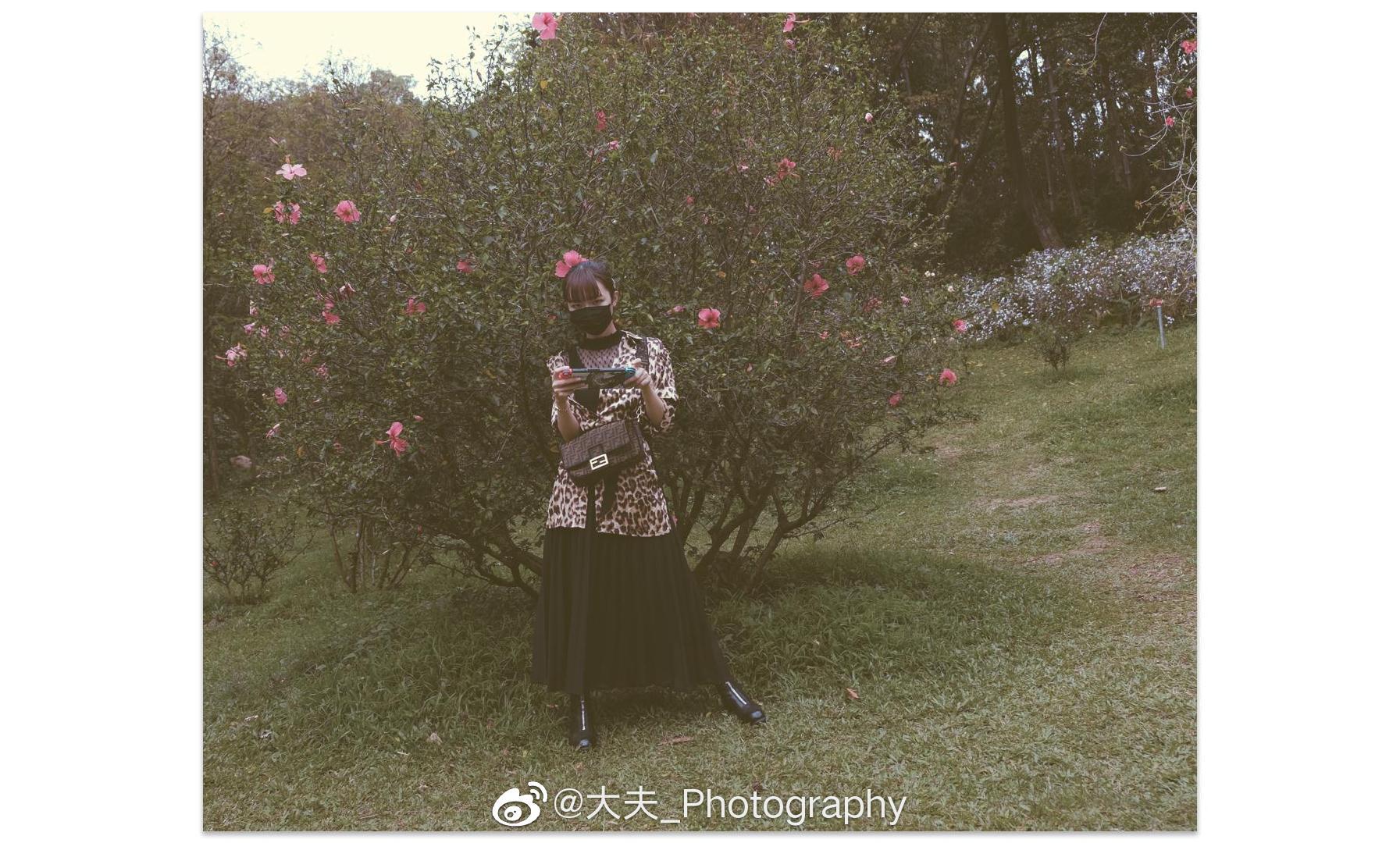 约个妹子去公园逛一逛赏一下花