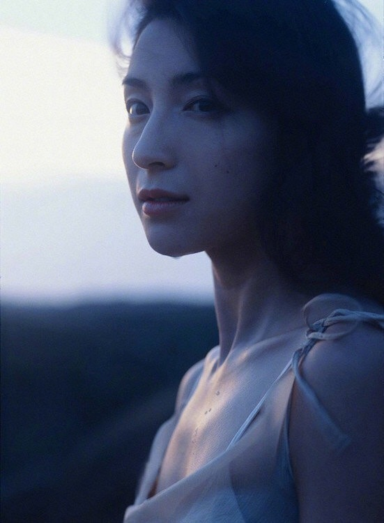 广末凉子2005年海边写真集