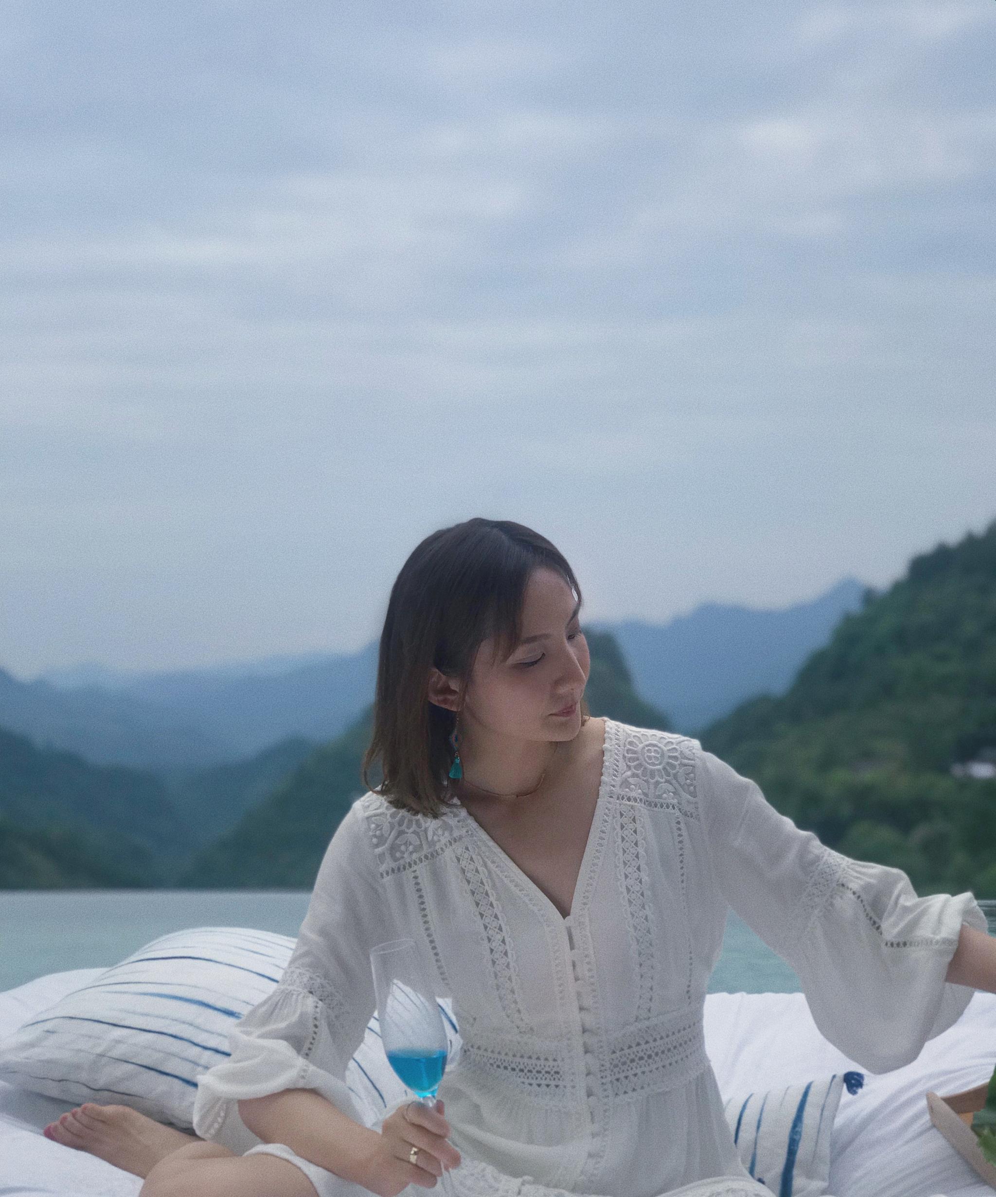 《民宿里的中国》会下地,能种田,更能美美哒~@黄胜楠