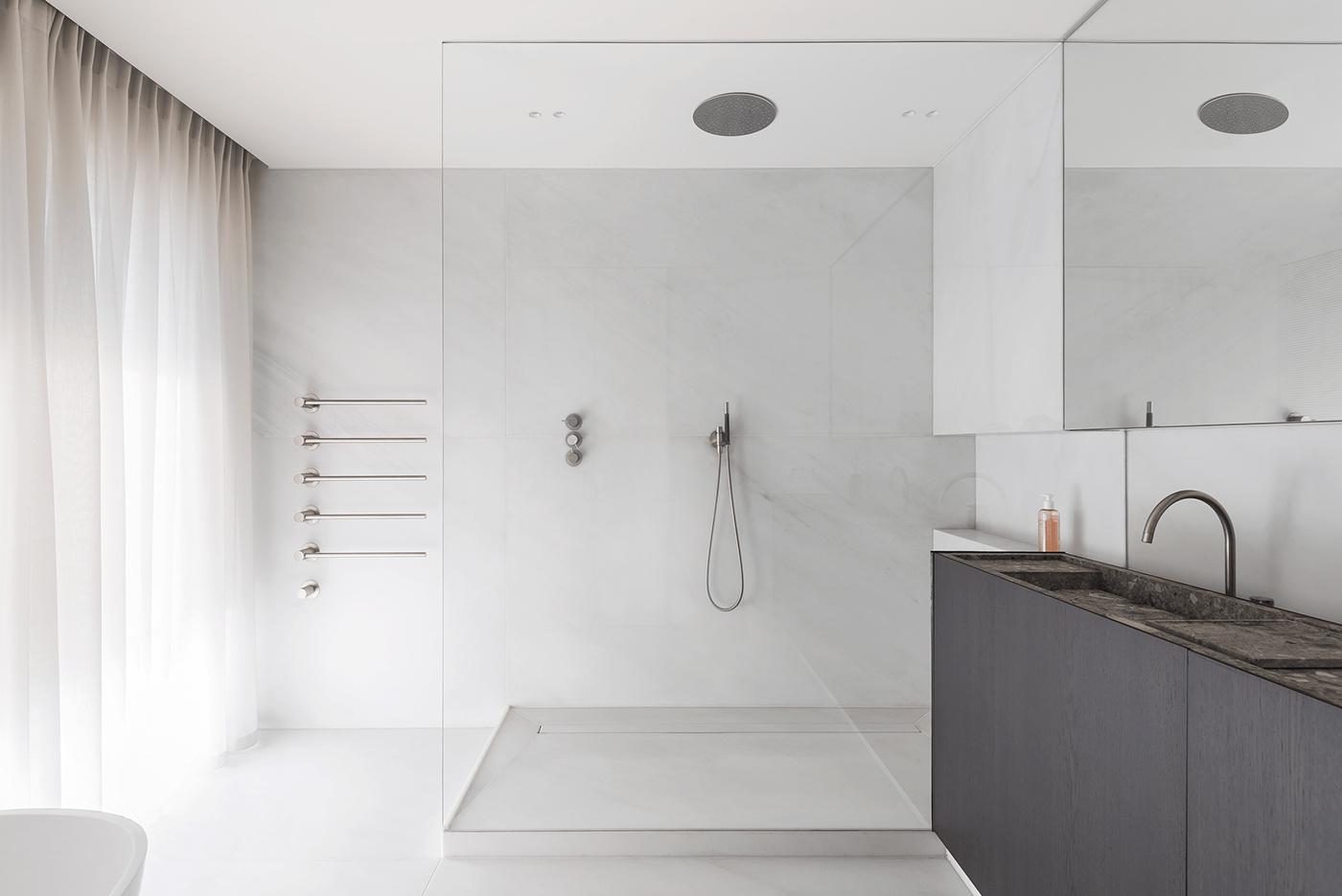 在极简风格的洗手间,怎么我感觉