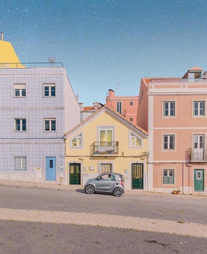"""葡萄牙,童话般的""""糖果色""""世界。"""