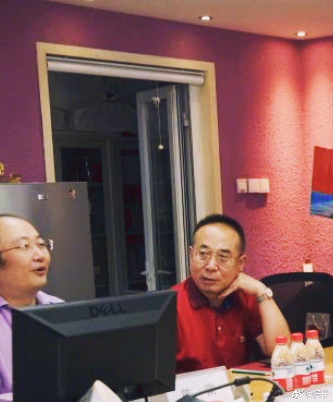 上午和华视嘉德董事长陈雷一起喝茶。陈总乃著名主持人陈铎先生之子