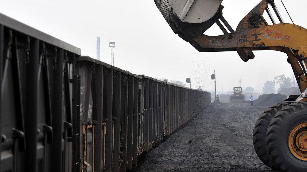 """山西减煤5年,减回了""""煤老大"""""""