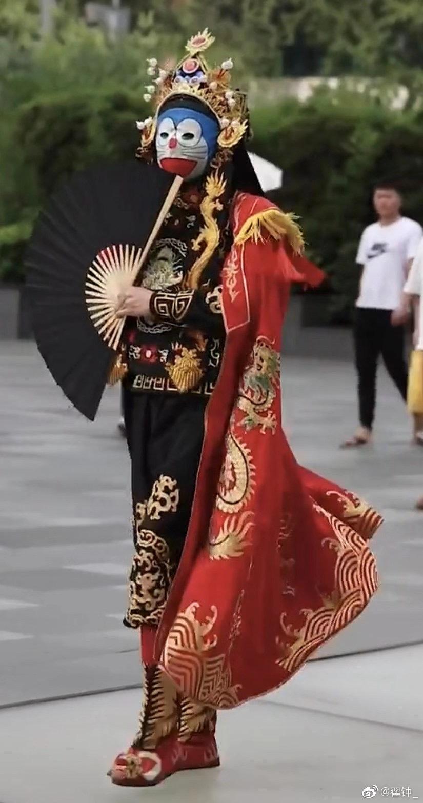 中国有个各路神仙聚集的地方,叫成都太古里 图文来源于刘宇