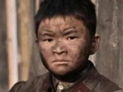 11年前汶川地震的9岁英雄,当全国人面发誓考清华,今如何