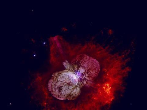 已知宇宙中亮度最高的天体之一:海山二星