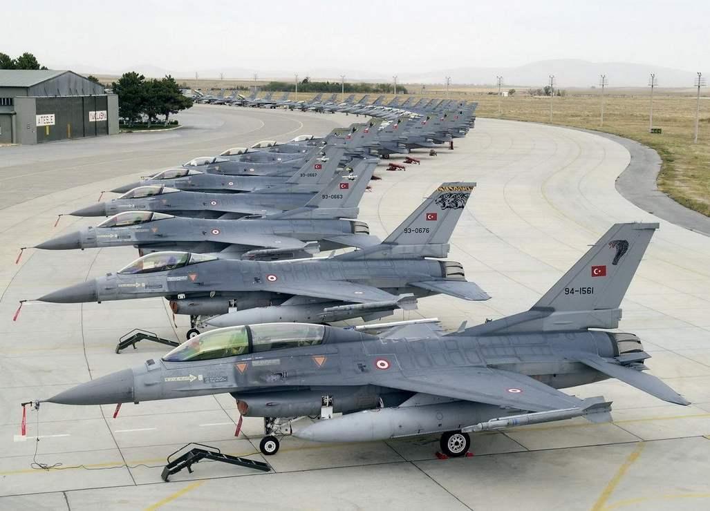 土耳其顶不住了,总统赴俄寻求停火,嚣张几日还是被打乖了