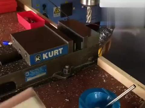 用机床加工一个倒角工具刨,一顿操作下来,才知道什么叫老师傅
