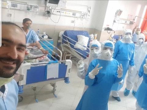 伊朗外长扎里夫谴责美国制裁延误抗疫,世卫组织赞同