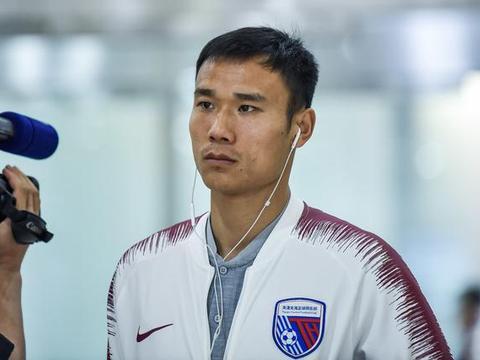 郜林转投深圳后,张成林也私下询问过加盟可能