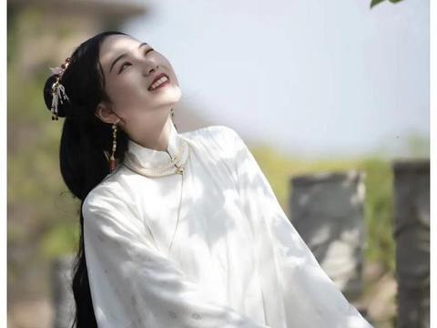 湘潭大学 最美的她
