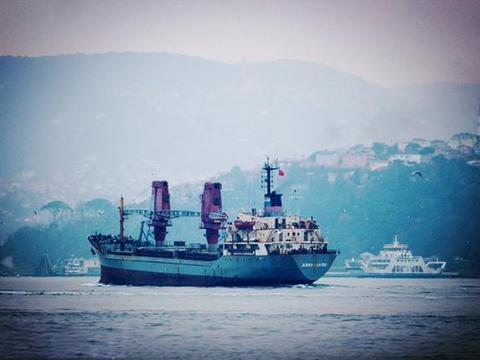 俄军运输舰从叙返回,甲板上空空荡荡,美顾问担心还有其他任务