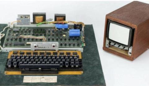 """又一台""""古董级""""电脑Apple-1被拍出,售价458711美元"""