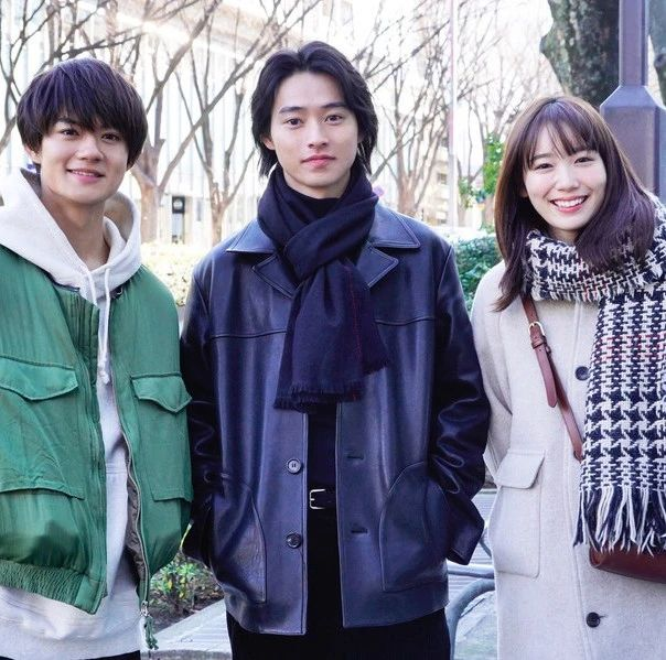 山崎贤人友情出演佐野勇斗和饭丰万理江的《只有我是17岁的世界》!