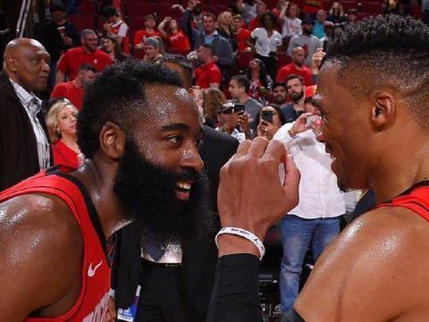 美媒:NBA宣布停摆,火箭哈登却意外上了头条!