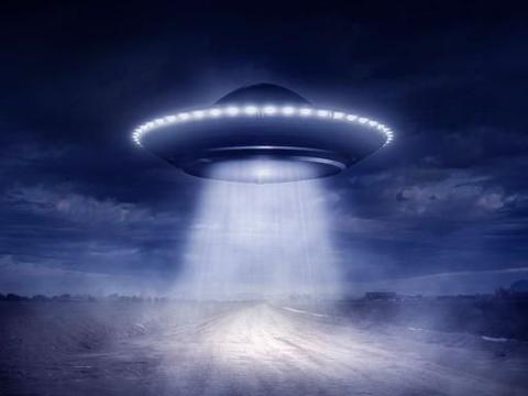 在南大西洋坠毁的UFO,是传说中的太空船还是另有他物