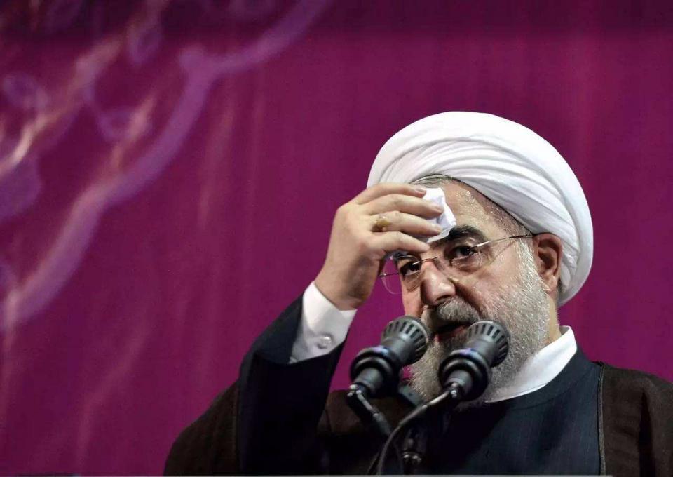 美两航母齐聚中东,伊朗外长已经发出警告,中东局势越来越危险