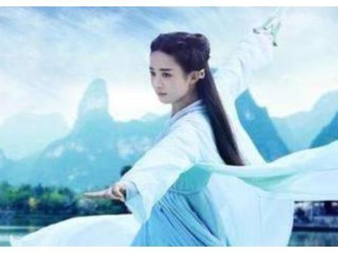 赵丽颖杨紫刘诗诗杨蓉毛晓彤陈乔恩,古装女星舞剑谁最仙气飘飘?