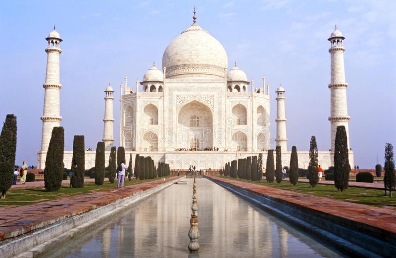 印度文化部:关闭包括泰姬陵在内的3691处古迹到3月31日