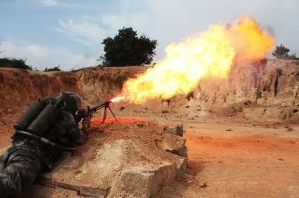 步兵的噩梦:反步兵地雷、火焰喷射器、温压弹、白磷弹!