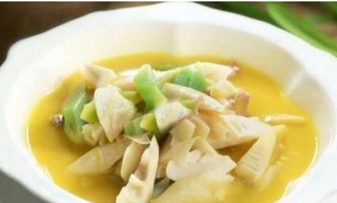 美食推荐:皮蛋拌黄瓜,素食腌笃鲜,茄汁鱼块,西葫芦炒鸡蛋