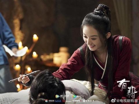 流量女星的早年旧照,孙俪性感刘亦菲依然仙 杨颖赵丽颖变化好大