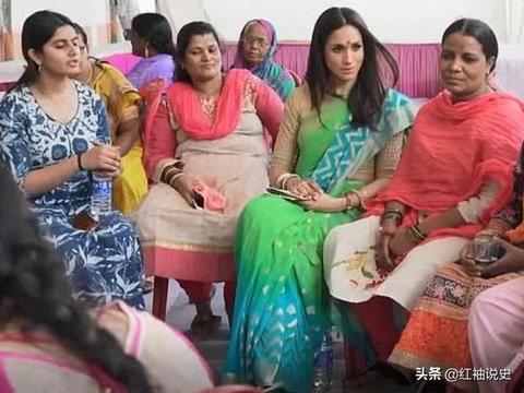 梅根印度造型曝光!36岁身穿纱丽仙气飘飘,眉心一点红好惊艳