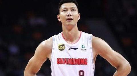 易建联、刘玉栋、王治郅谁是男篮史上最强大前锋?