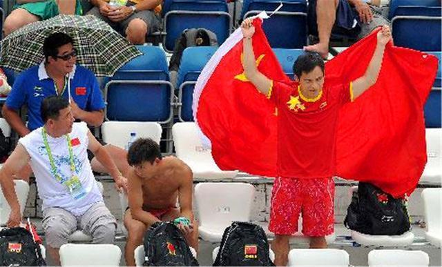 31岁的世界冠军放弃中国籍,如今国外当临时工,只为养家糊口