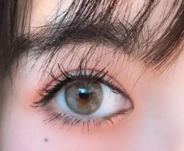 心理测试:一秒选出你最喜欢的眼睛,测2020年你会被几个人表白