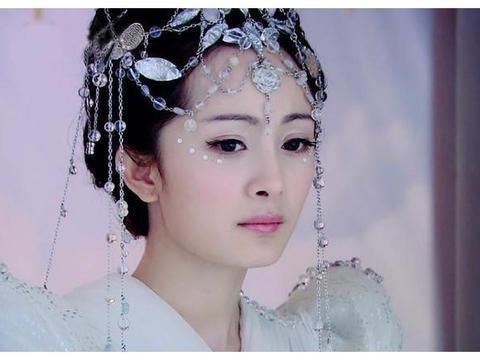 穿白衣的十大古装女星,李沁杨幂娜扎热巴郑爽赵丽颖谁最仙气飘飘