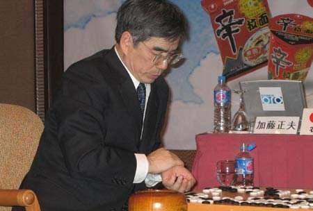 围棋屈辱之农心杯:狂妄不已,韩国队派女将出场,遭棒呵