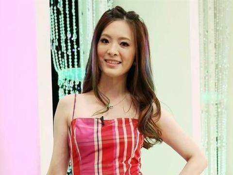 刘真病逝后辛龙首次露面,身体消瘦憔悴不堪,谈及亡妻掩面痛哭