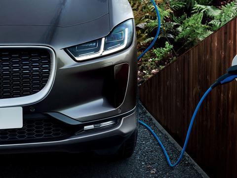 捷豹路虎将推2款新电动汽车:J-Pace和Road Rover