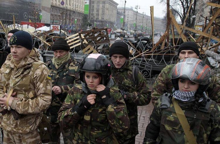 俄大使馆被袭击,大批示威者持枪射击,俄方进入高度戒备
