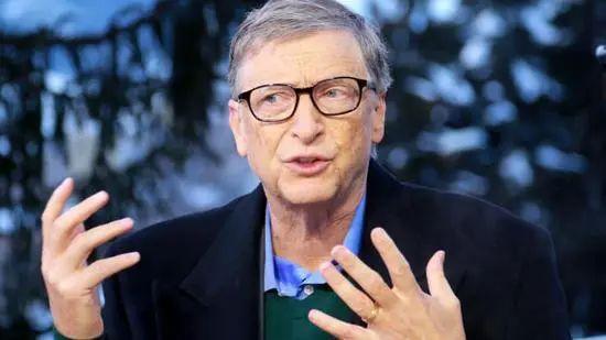 """比尔盖茨:新冠病毒是一次""""伟大的纠错"""""""