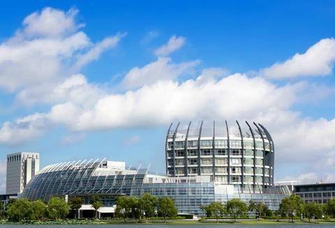 上海后悔改名的大学,属211工程大学,是世界一流学科建设高校