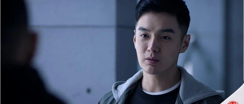 混影视圈20余年,黄磊的这位学生第一次执导《重生》成名