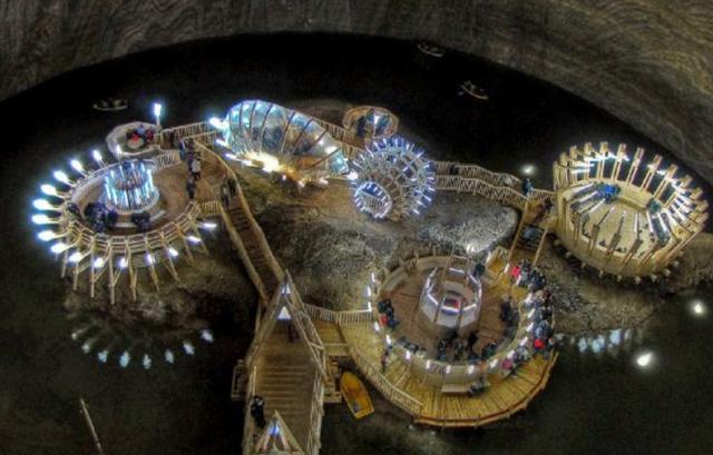 不可思议的地下城市,生活设施一应俱全,地下112米住3000多人