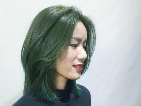 新发型19款,修颜瘦脸很时尚,让你轻松变女神