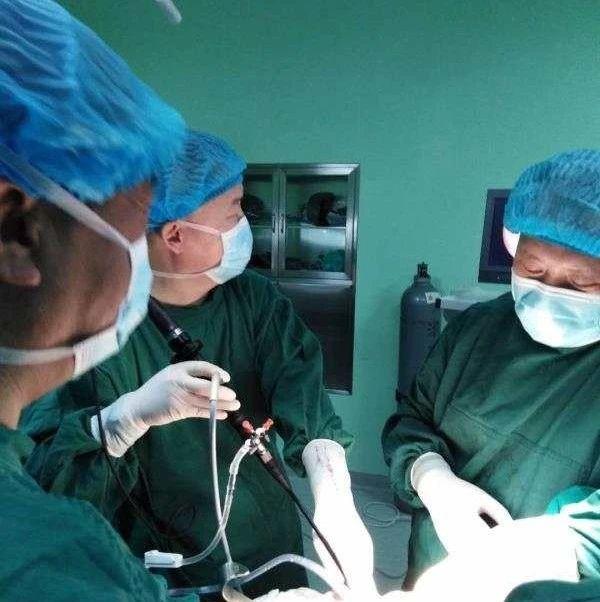 【关注】扎区人民医院成功开展首例胆道镜技术