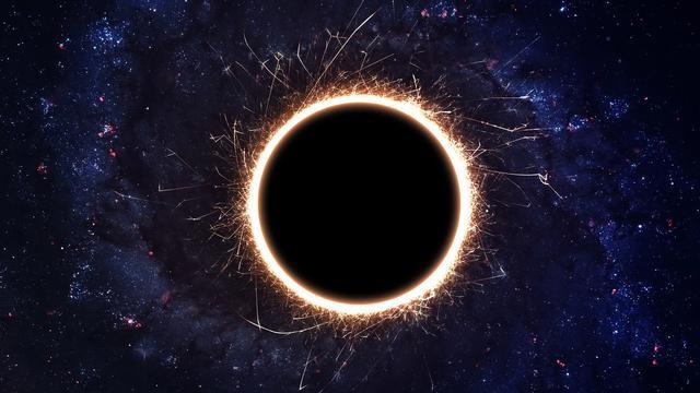 在138亿年的宇宙中,每个黑洞仍在增长,没有因霍金辐射而衰减