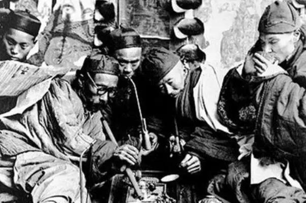 在古代买一个仆人要多少钱?以你现在的收入水平,买个丫鬟够吗?
