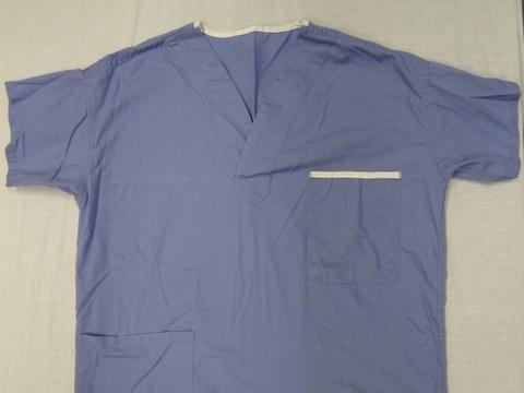 加拿大鹅宣布:为一线医护人员生产医用物资