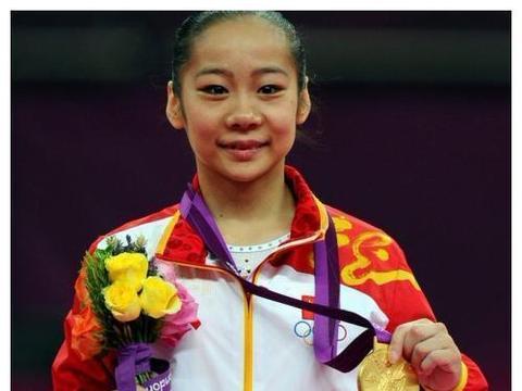 奥运冠军邓琳琳,退役后保送北大,如今身材二次发育变身女神