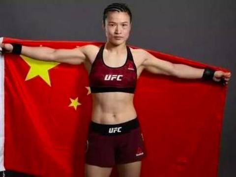 流浪55天世界冠军痛哭,中国女排姑娘:我放弃回国,不给祖国添乱