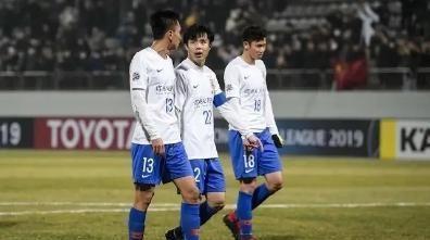 鲁能球衣号码大洗牌:刘1、崔7、周18将被韩镕泽、郭田雨取代